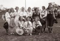 Cowgirls 1925